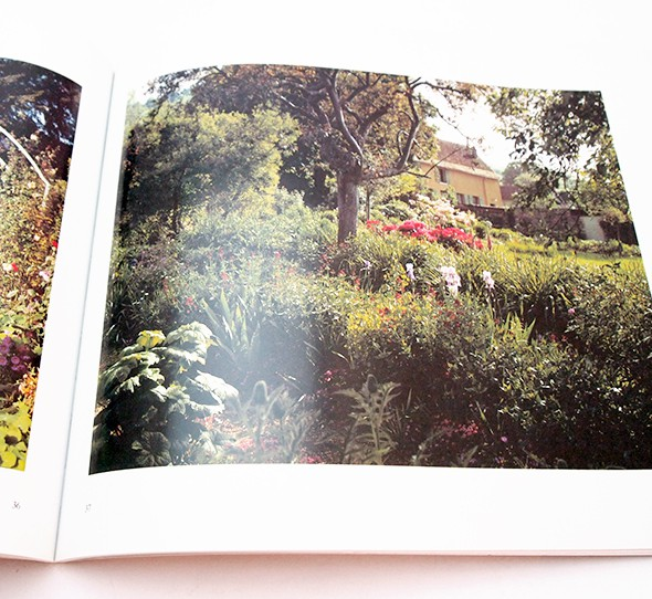 The Gardens at Giverny: A View of Monet's World by Stephen Shore | ステファン・ショア
