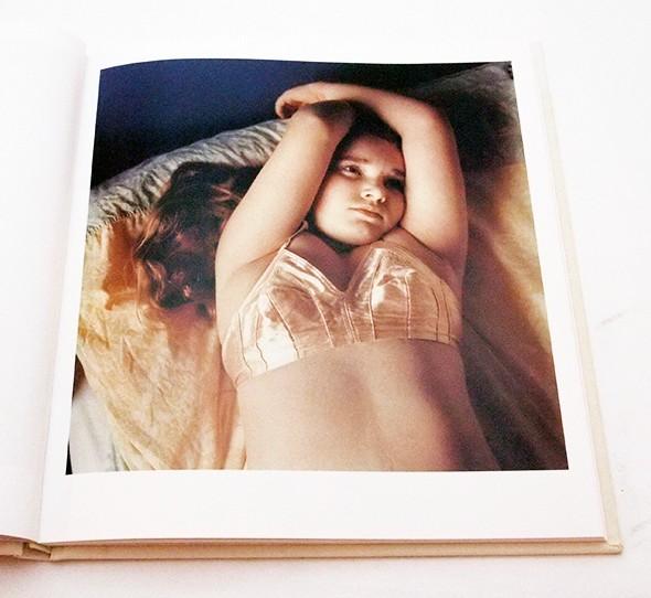 Portraits   Hellen Van Meene ヘレン・ファン・ミーネ 写真集 英語版