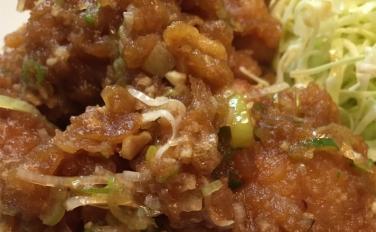 【中華料理 喜楽】おかわり必至のオリジナルタレが美味すぎる唐揚げ定食