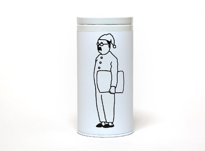 ファッションブランドI AM Iデザインのパジャマおじさん