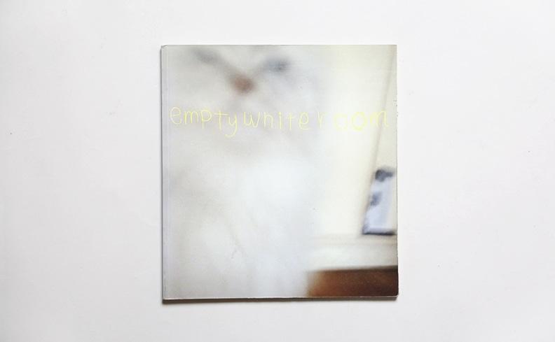 Empty White Room | 長島有里枝 写真集