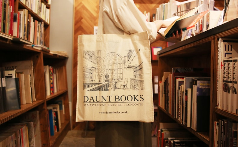 DAUNT BOOKS トートバッグ