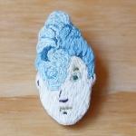 刺繍ピンバッジ  Ms.Cyan | atelier grasshopper