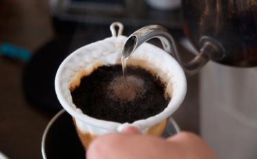淹れたての珈琲をノストスで。一日限定の、日曜喫茶を開催します