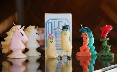 OLGA-goosecandle-の世界へようこそ。キュートでファニーなキャンドルで魔法をかけて